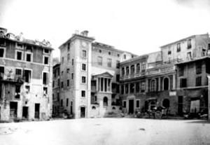 Piazza delle Cinque Scole, finales del s. xix-principios del s. xx, Museo di Roma, Archivio Fotografico Comunale.